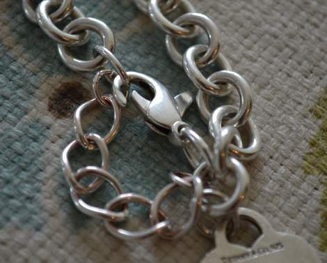 Tiffany bracelet save tip 05